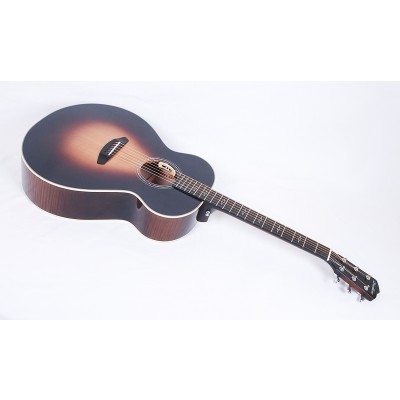 Breedlove Legacy Jumbo / Western Big Leaf Figured Maple / Sitka Spruce #15906