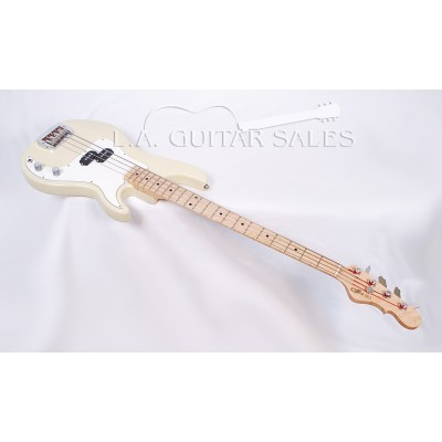 G&L SB-1 Bass Swamp Ash Body Premier Blonde Translucent Finish