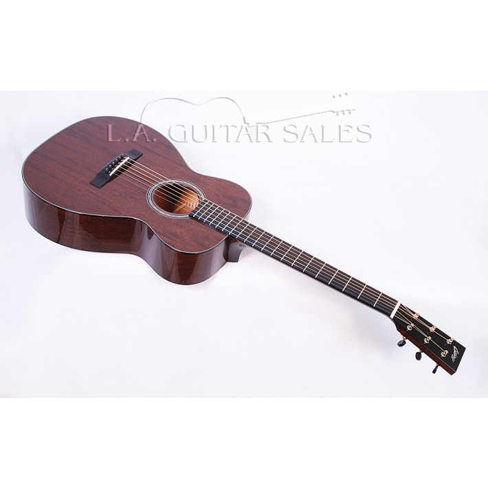 Collings Custom 01 MH VN All Mahogany 0 14-Fret Model With Case