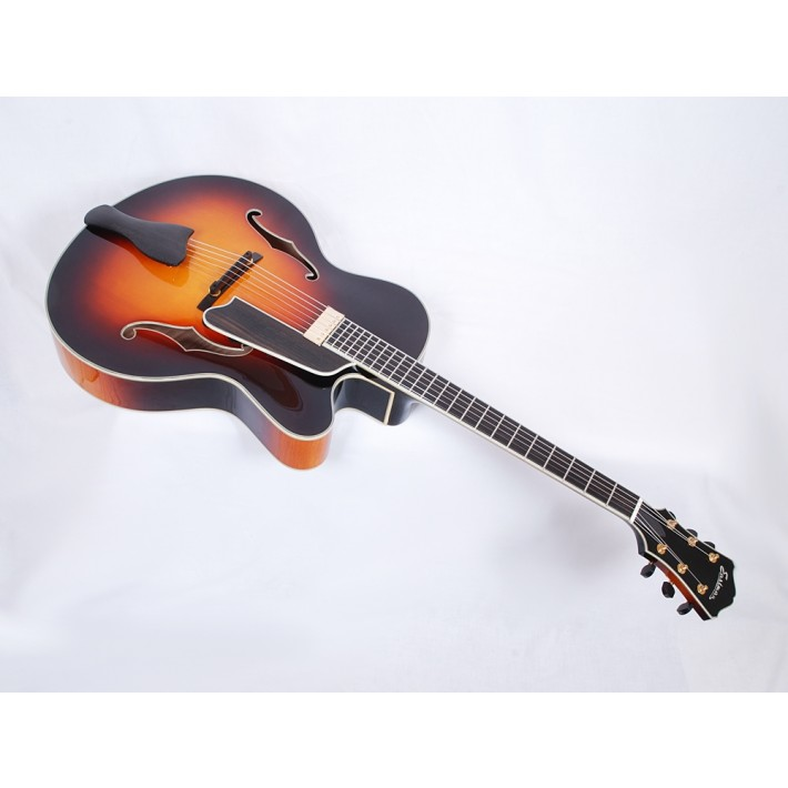 Eastman AR810CE-SB Uptown Series Solid Handcarved Spruce and Maple with Kent Armstrong Electronics - Contact us for ETA