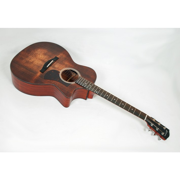 Eastman AC122-1CE-CLA Solid Sitka / Sapele Grand Auditorium with Fishman Sonitone Electronics and Gig Bag #04901