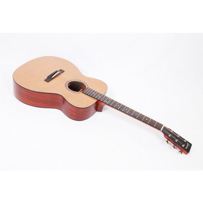 Eastman E2OM-CD Solid Sapele Cedar Orchestra Model with Soft Case #55769