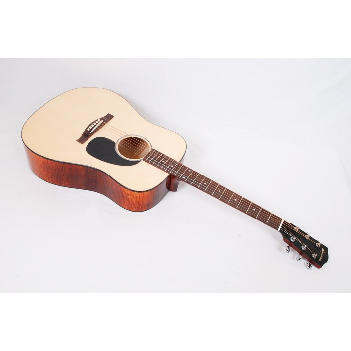 Eastman PCH3-D-CLA Maple Limited Dreadnought With Case - Contact us for ETA