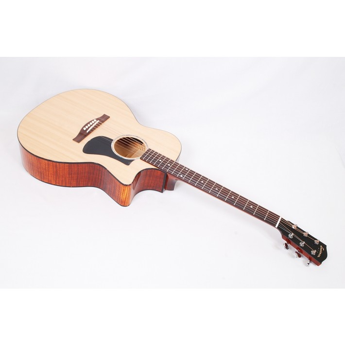 Eastman PCH3-GACE Classic Finish Solid Sitka Spruce/Laminated Sapele Grand Auditorium with Fishman Electonics #00904