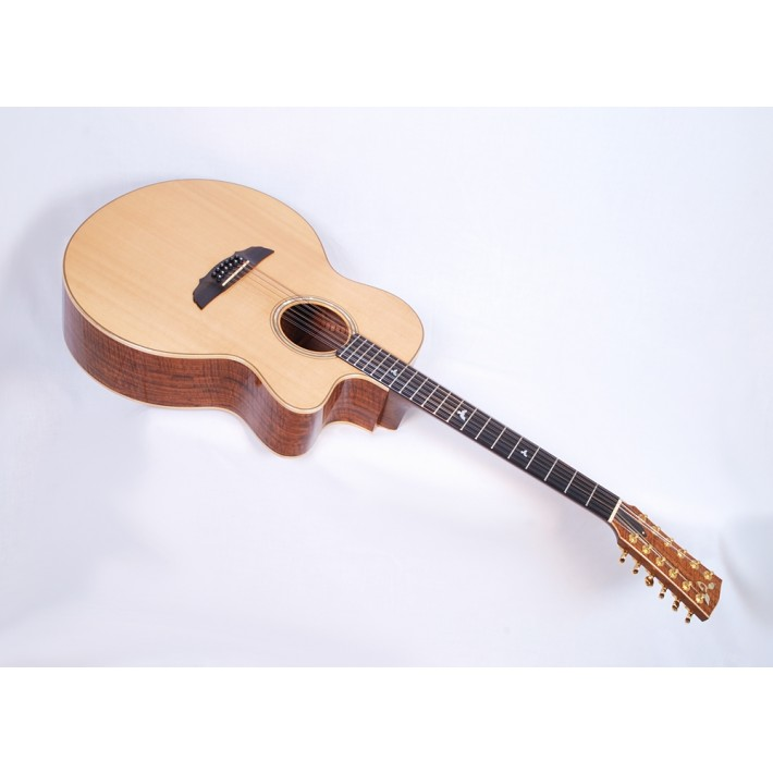 Goodall WJC 12 Walnut Spruce 12-String Jumbo with Electronics and Case Vintage 1992