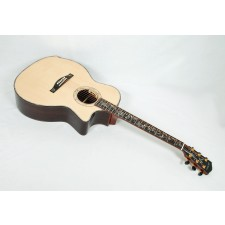 Eastman AC922CE Solid Engelman Spruce / Rosewood Grand Auditorium with Arm Bevel & LR Baggs Anthem - Contact us for ETA