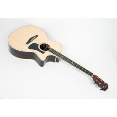 Eastman AC422CE Solid Sitka / Rosewood Grand Auditorium with Fishman Matrix Electronics and Case #17443