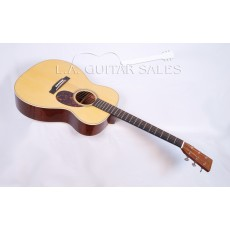 Martin CS-OM-28 Custom Shop Premium Adirondack Madagascar Ful Hide Glue
