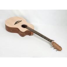 Sheeran by Lowden S-04 Figured Walnut Sitka Spruce LR Baggs Element VTC Electronics #023